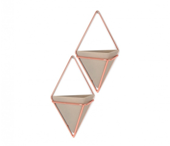 Kit com 2 vasos prisma cerâmica, R$ 149,90 na Etna https://www.etna.com.br/