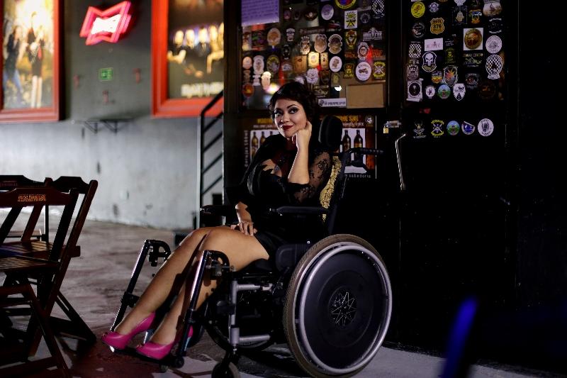 Gente_conheca-a-historia-da-cantora-curitibana-amanda-lyra-Credito-Leilane-Pereira-3