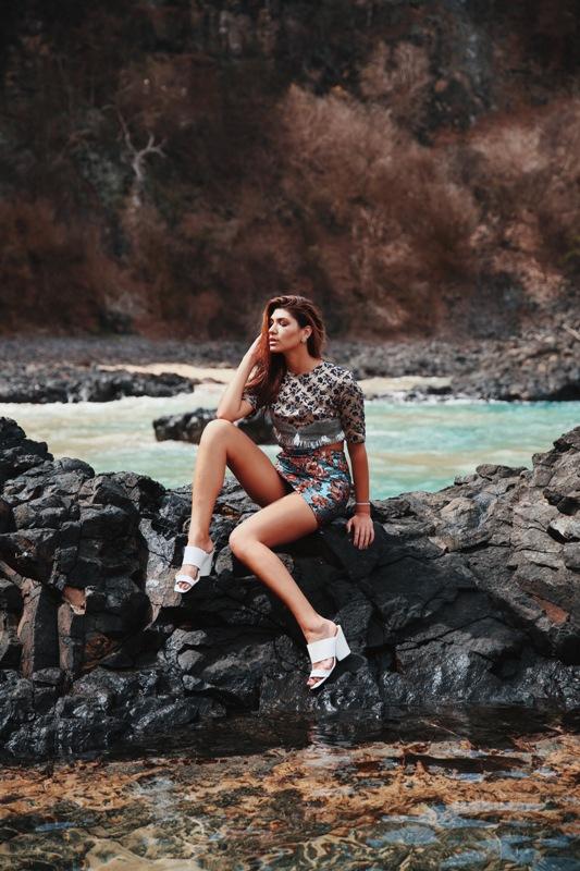 Laura Kubrusly + Foto: Henrique Schmeil  Animale, Sapato Branco Amaro